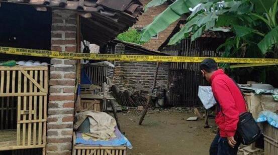 20岁女子在浴室分娩担心被人发现,便将婴儿杀死扔进鸡舍里
