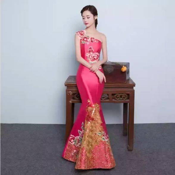 心理测试:假如参加晚宴,你穿哪套红裙?测测你和他谁先变心?