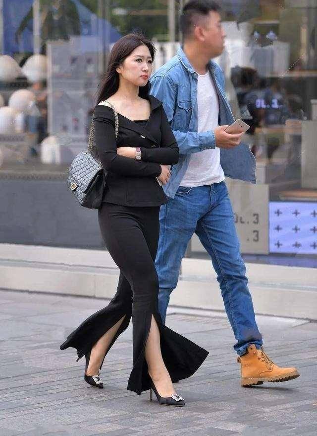 盐系女孩也爱上的打底裤,姑娘高挑的身材穿上正好,纤细收腰