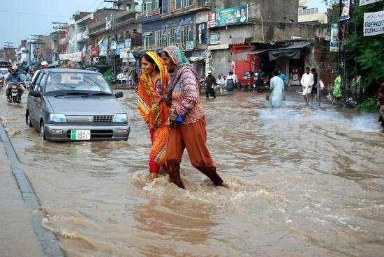 100块在巴基斯坦都能做什么?物价真的很低,说出来你都很难想象