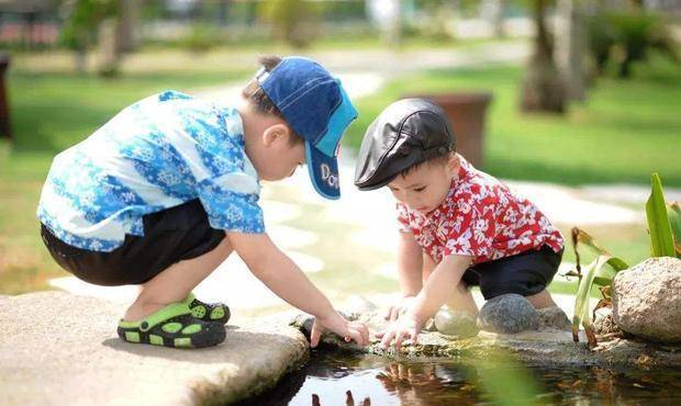 家庭幸福指数排名: 是生两个男孩好, 还是生两个女儿好
