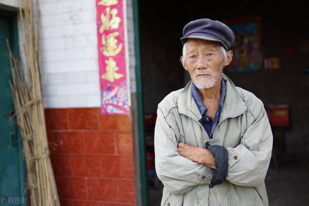 70岁创业的老太叫什么名字 励志老太72岁创业