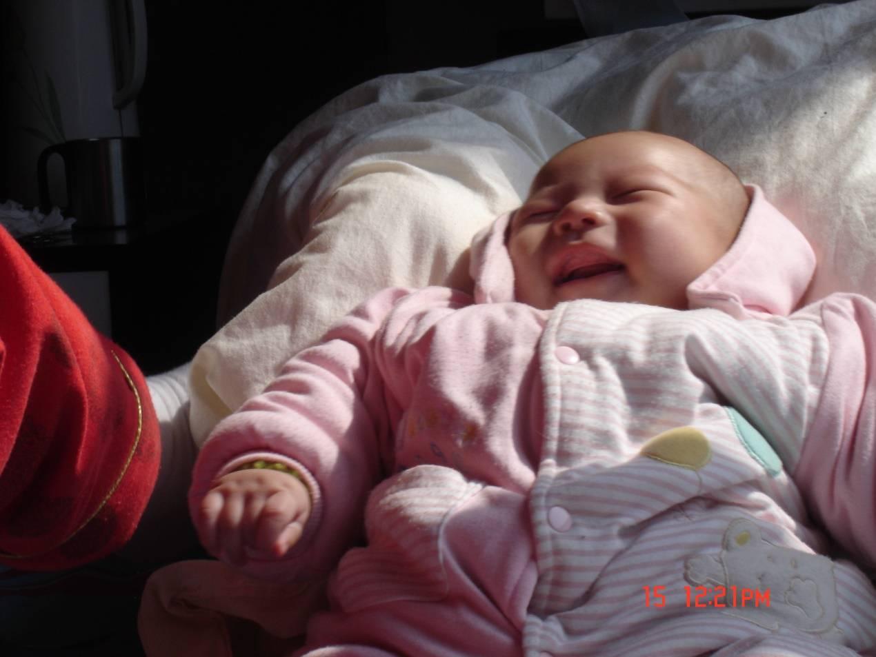 別拒絕寶寶的這五個動作,雖然討人厭,但其實是他們在笨拙地示愛