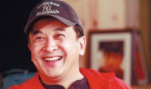 国家一级演员黄宏:享少将军衔被免职后杳无音信,今现状令人堪忧