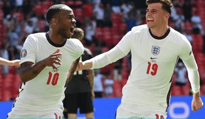 英格兰1:0突破汗青记录!曼城废材闪烁欧洲杯,索斯盖特做了最明智一个决定_KU游官网
