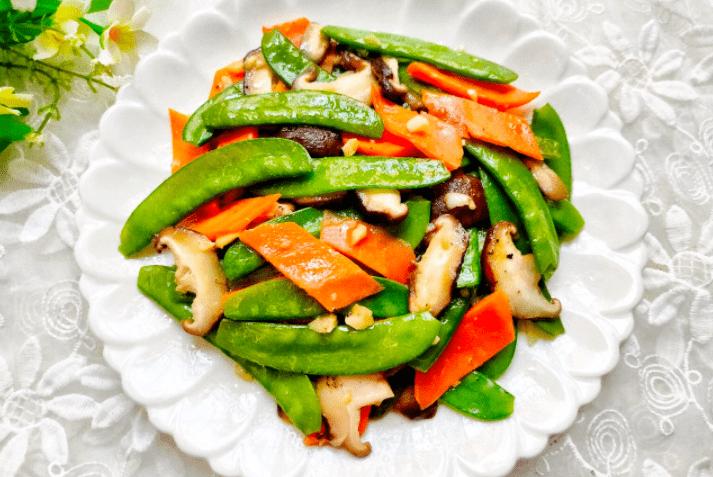 低脂健康,營養搭配均衡的一道菜,鮮香軟滑,素菜也可以很好吃