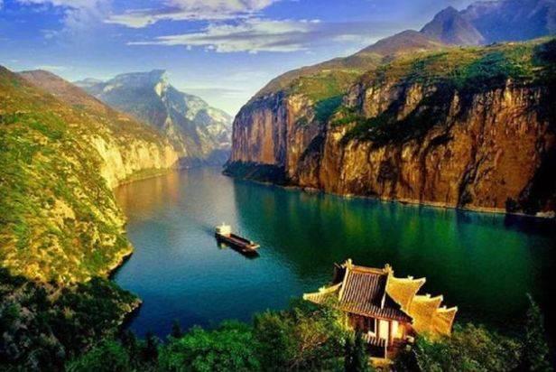 原创             盘点中国最美的四大峡谷,一个比一个壮观,你都去过吗?