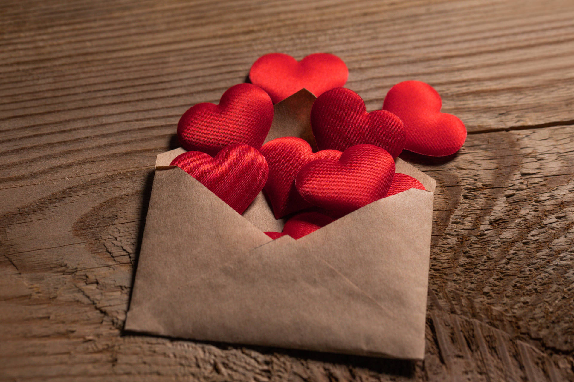 图片[5]-一个人说爱你,却不给你这些东西,意味着你是备胎-泡妞啦