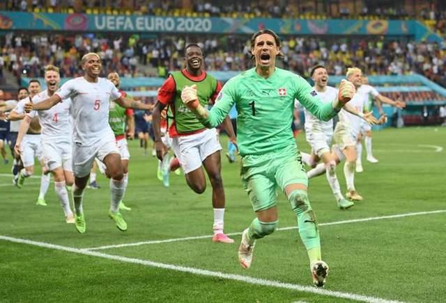 法国被裁减揪出三大功臣!中场玩火丢球被绝平!还有老糊涂2022世界杯在哪个国度乱换人