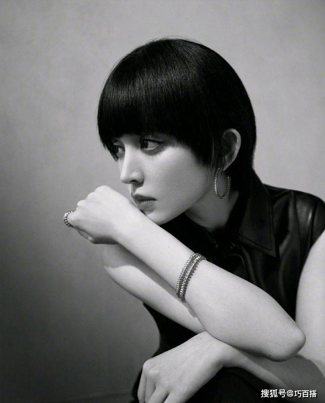"""娜扎新发型意外""""走红"""",优雅与帅气切换自如,看完好想剪"""
