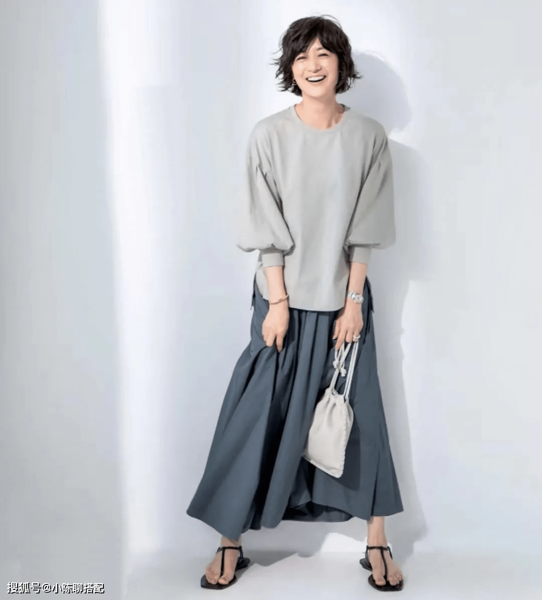 """有品位的女人更优雅!这位50+日本博主的2点""""时尚穿搭经""""请牢记"""