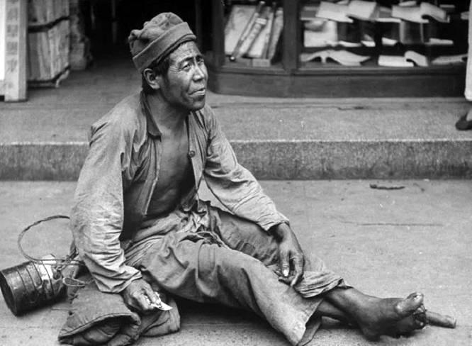 1934年重庆山民冒死救助的小红军,离开时是乞丐,后来怎么样了?