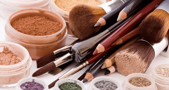 赫沧行业资讯:女性爱美是天性,化妆打扮的人越来越多,美妆市场迎来新阶段