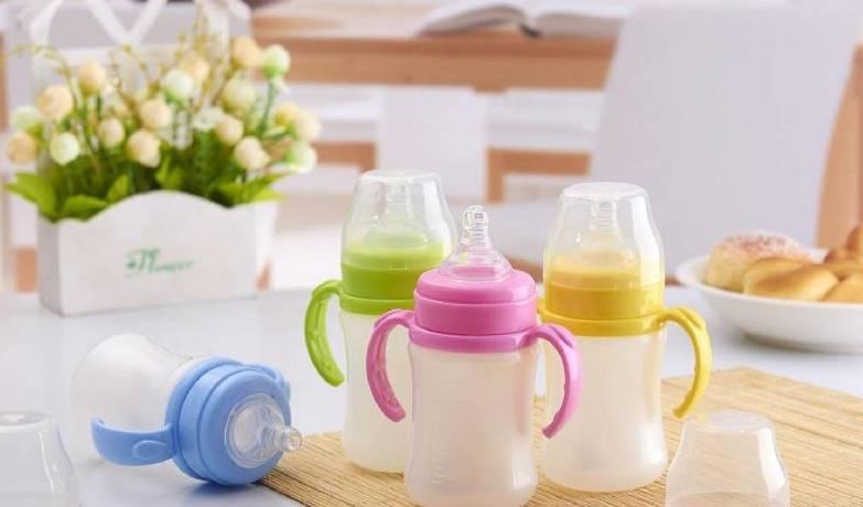夏天奶瓶容易滋长细菌 这3种洗奶瓶的错误方法 你犯了吗?-家庭网