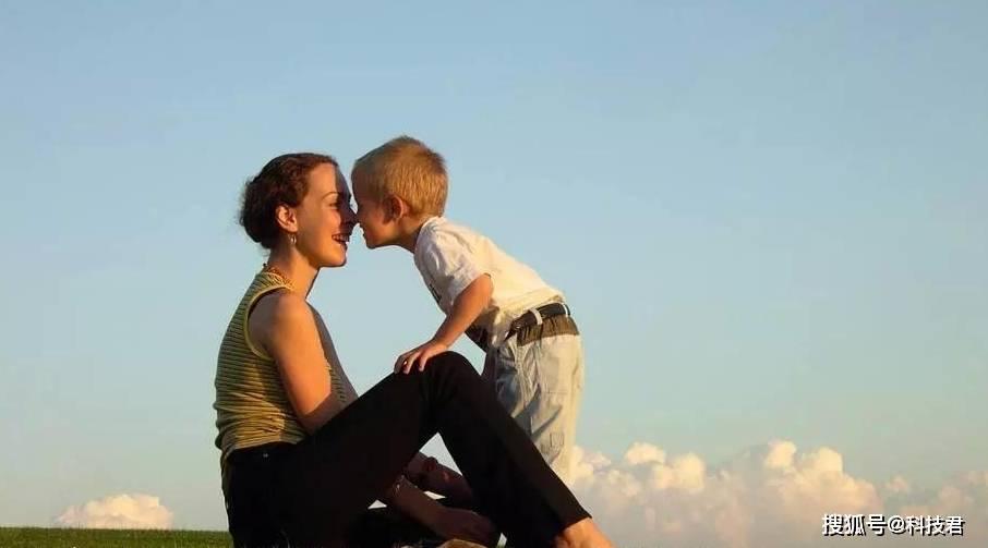 """一向听话的宝宝突然撒泼耍赖?2岁宝宝""""执拗期"""" 2招教你搞定-家庭网"""