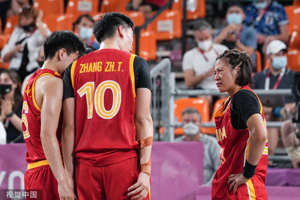 中国三人女篮赛后一举动太过暖心 网友:破防了