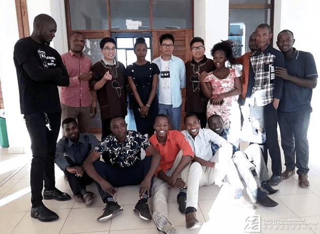 国际中文教师志愿者康永超赴坦桑尼亚多多马大学任教