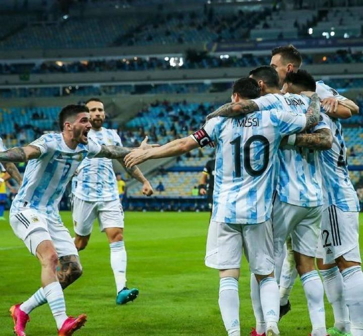 时隔28年阿根廷再拿世界大赛冠军,梅西国家队首冠!球迷感谢贝利?
