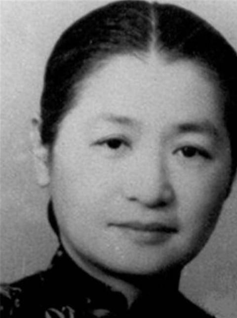 她19岁嫁人生13个儿女全都培养成博士活了106岁家训仅15字