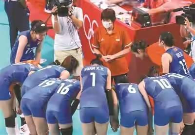 中国女排与中国乒乓球的差距,就是郎平和刘国梁的差距!