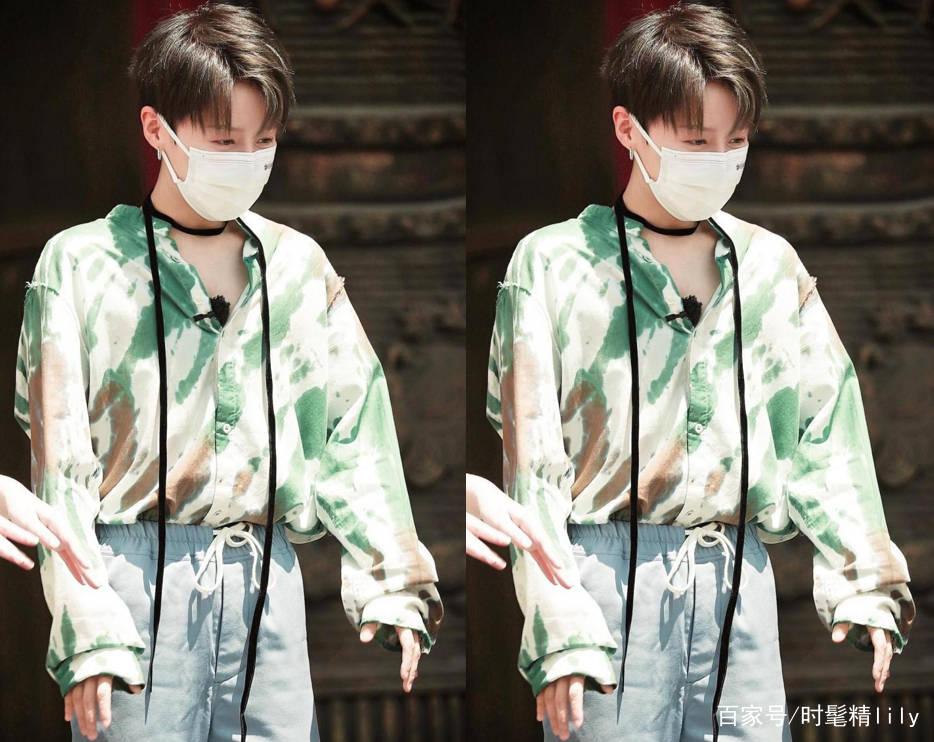 """刘雨欣""""中性风""""穿搭要出圈,扎染衬衫有个性,不穿裙子也有魅力"""