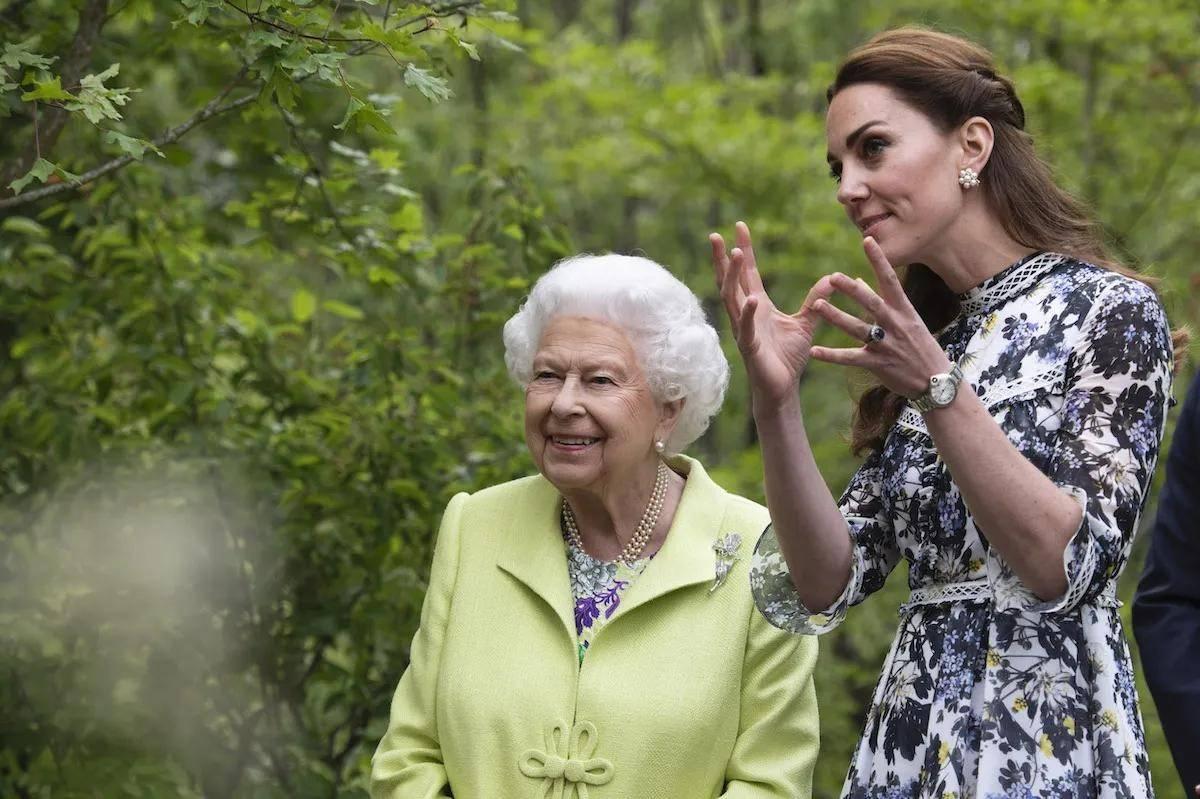 奶奶偏心女主的年代文 重生年代文奶奶偏心宠