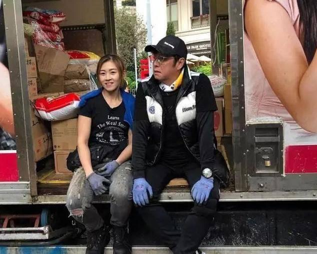 19岁朱芊佩打工10年,号称最美搬运工,嫁给富二代后现状如何