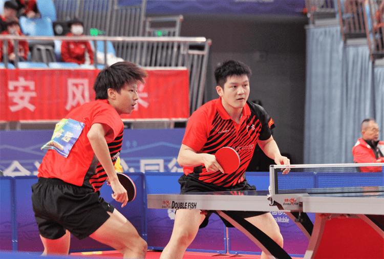 十四运会乒乓球男双比赛广东队樊振东/林高远爆冷出局