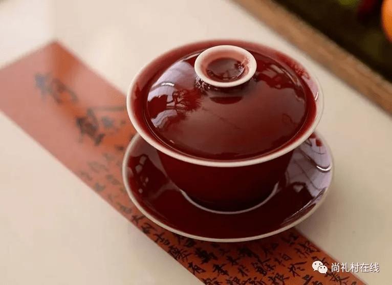 喝茶实用小技巧,教你快速学会使用盖碗