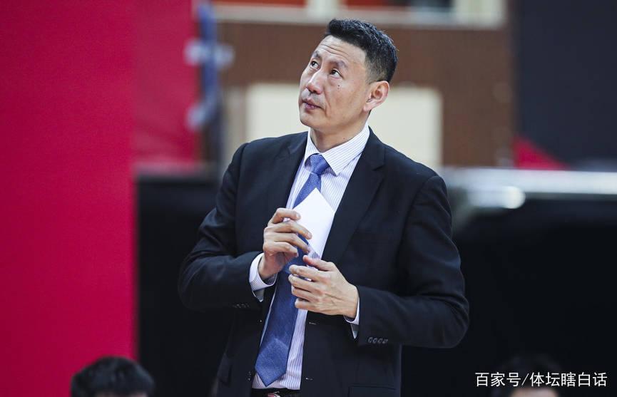 CBA压哨签约完成!中国篮坛新星未来让人期待 实力超过赵睿