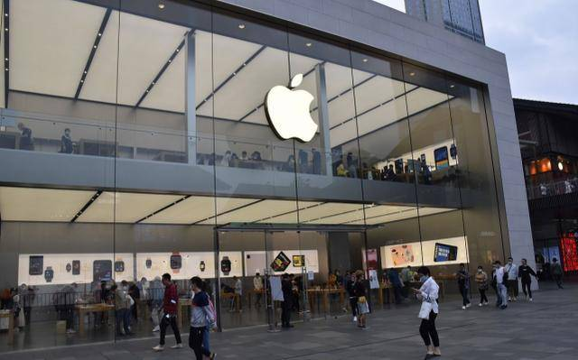 "iPhone13突然不香了?苹果又有""新动作"",果粉直言:买早了!"