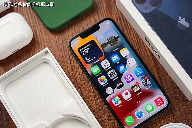 四款小尺寸手机,优缺点很明显,当下或值得考虑!
