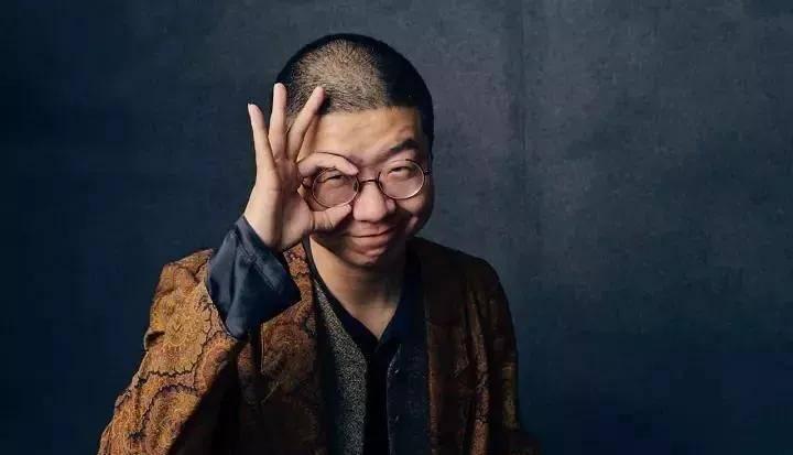 假正经的北大作家,却说了《吐槽大会》最爆的梗,人丑并不重要图片