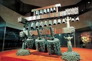 48年前,湖北一古墓現世, 用7000斤重楠木作棺, 出土一件逆天文物工藝失傳!