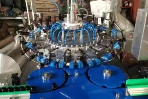 全自動口服液灌裝生產線 旋轉式洗瓶吹瓶機 全自動吹瓶機