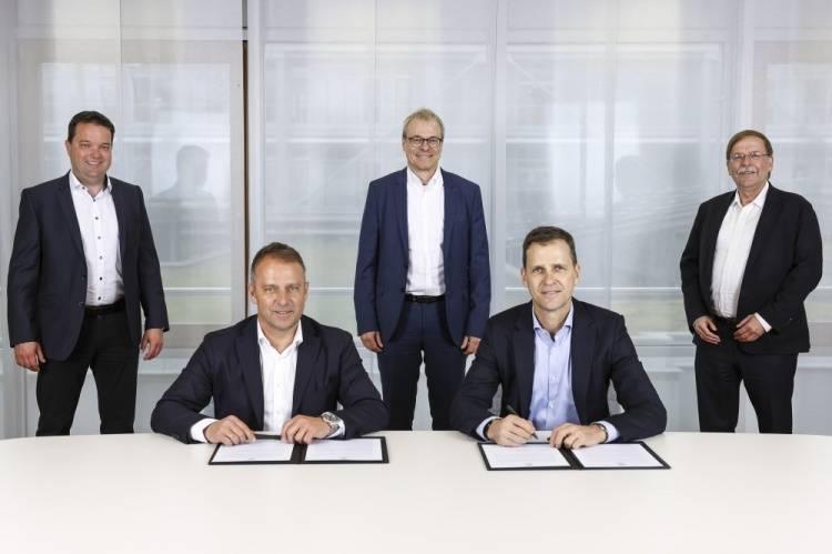 官方:弗里克欧洲杯后接手德国队 签约至2024年