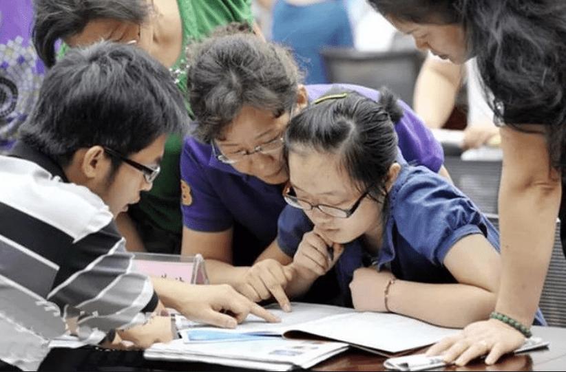 """2021高考在即,报考重""""专业""""还是重""""学校""""?听郑强教授怎么说"""