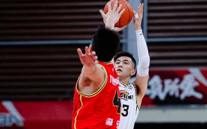 中国男篮奥运落第赛名单公布:周琦胡明轩张镇麟领衔