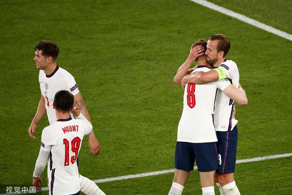 凯恩双响马奎尔破门 英格兰4-0乌克兰进4强