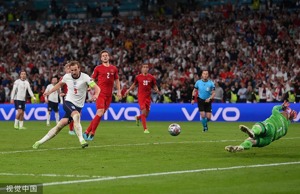 斯特林造点凯恩破门 英格兰加时2-1丹麦进决赛