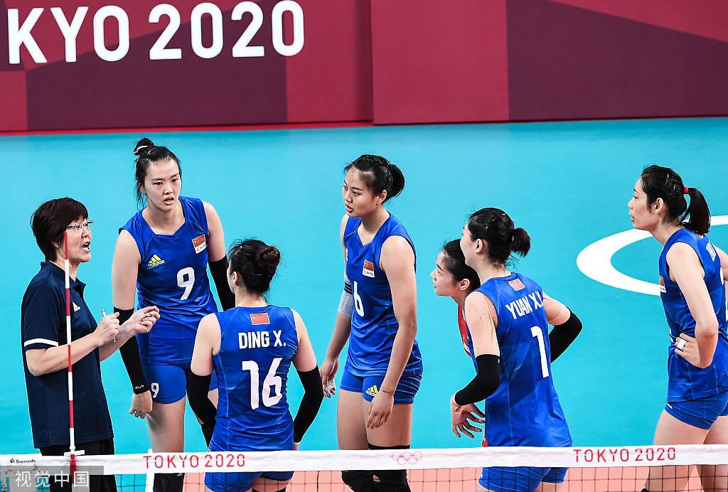 中国女排两连败形势告急!想出线靠自己也防对手