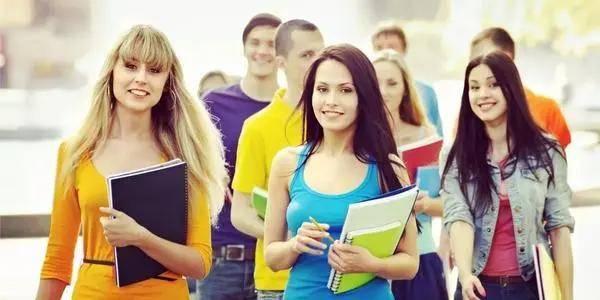 及第留学 美国留学开学季学生选课情况解析