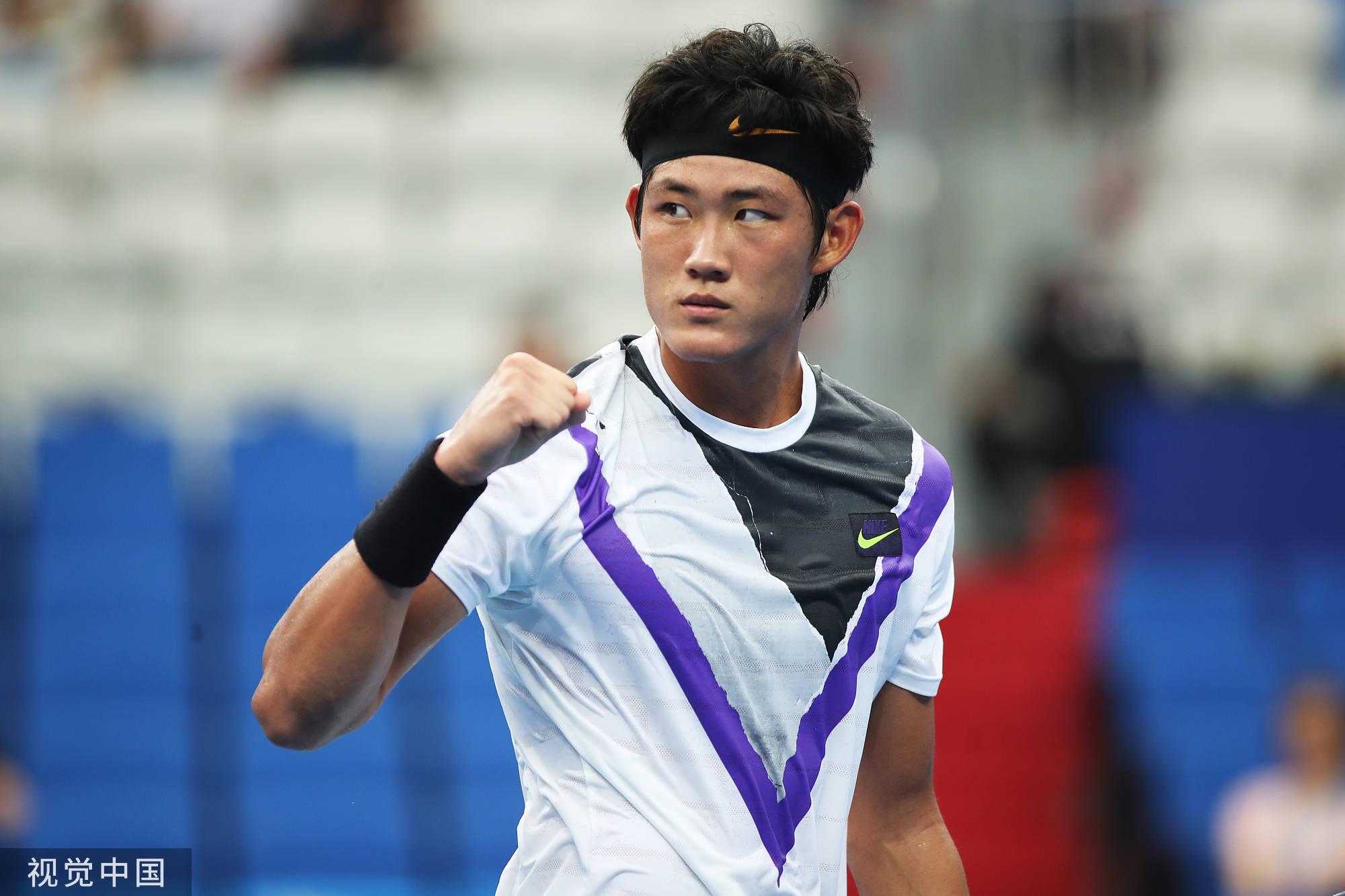 全运会网球男单张之臻轰16ACE晋级 柏衍晋级将战张择