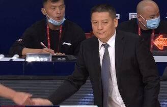 周金利:实力和上海有很大差距 高压防守下频出失误