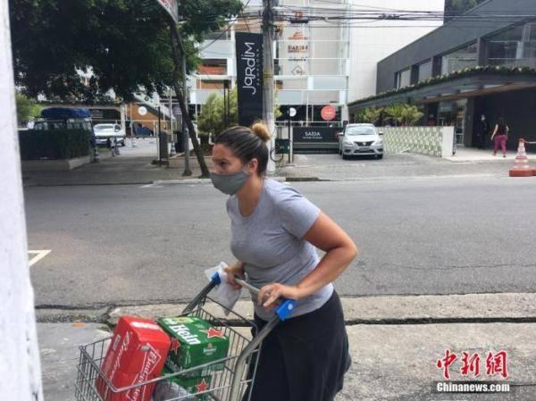 巴西新冠肺炎致死人数累计破17万例 司法和公共安全部长确诊