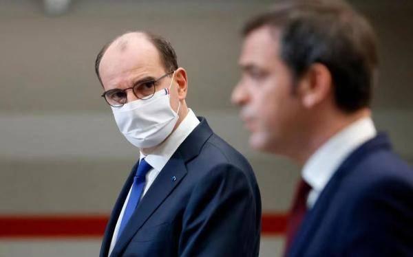 法国调整抗疫措施:全法晚6点起宵禁 加强边境管制