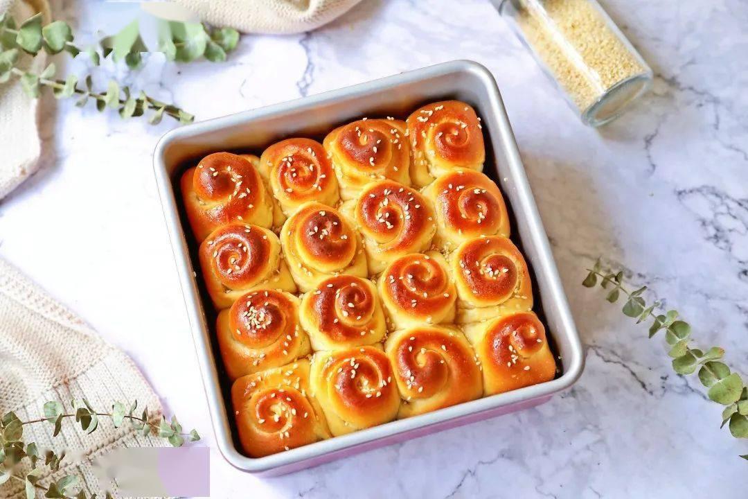 学厨烘焙 ▏香甜浓郁【蜂蜜小餐包】—— WK9819  8寸加高正方盘