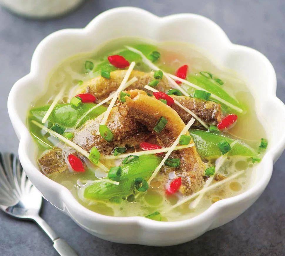 """它被称为""""水中人参"""",加这种食材做汤,滋补营养,特别适合孩子喝"""