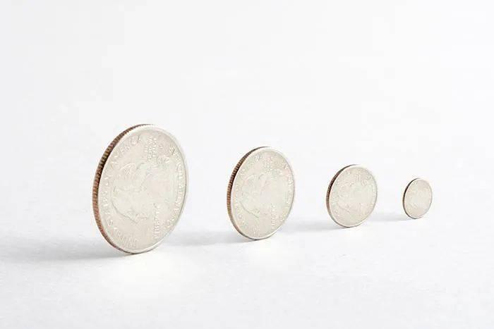 连平:稳健的货币政策引导金融运行回归正常
