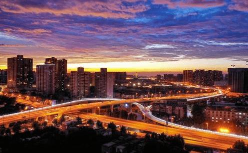 郑州2020年GDP突破1.2万亿